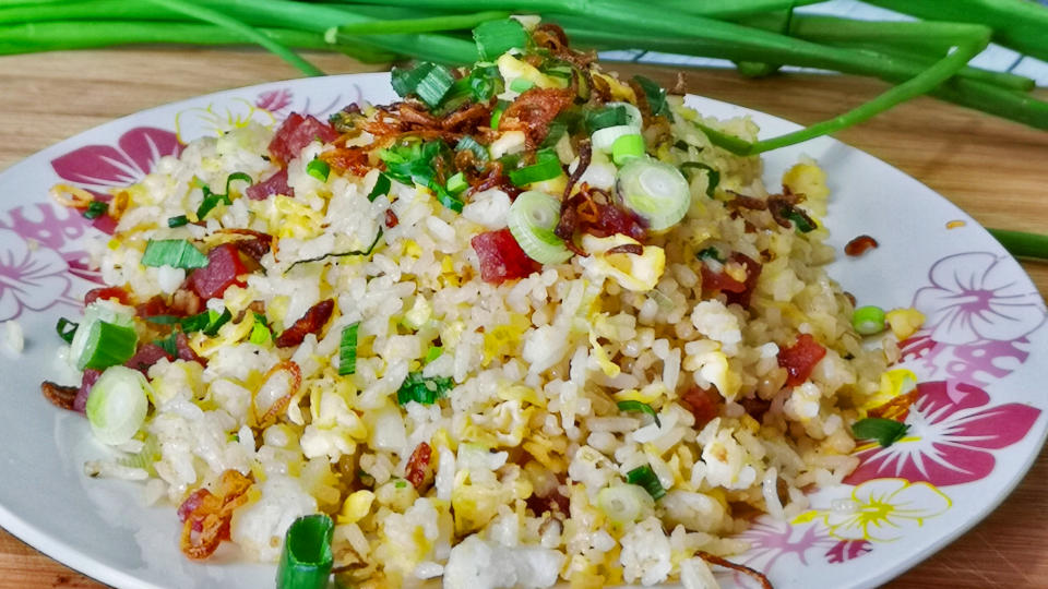 Chinese sausage fried rice featured image