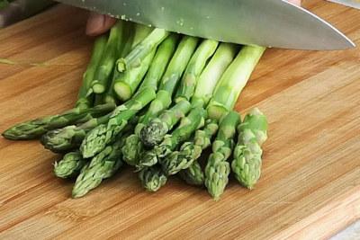 shrimp and asparagu stir fry cut asparagus
