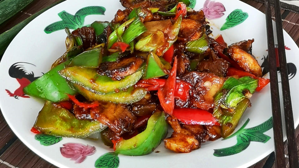 Twice cooked pork – How to cook Szechuan stir-fried pork