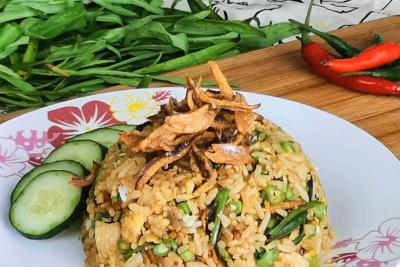 Nasi goreng - garnish with ikan bilis
