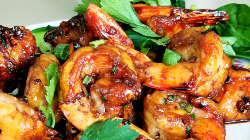 Honey garlic shrimp – How to cook (best Asian flavor)