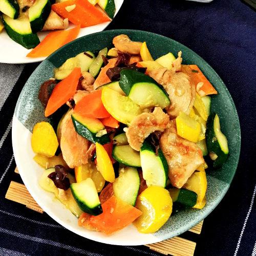 Zucchini stir fry image